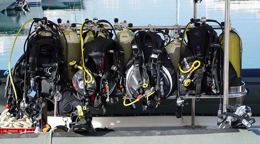 Disinfection and cleaning of diving equipment – everything you need to know