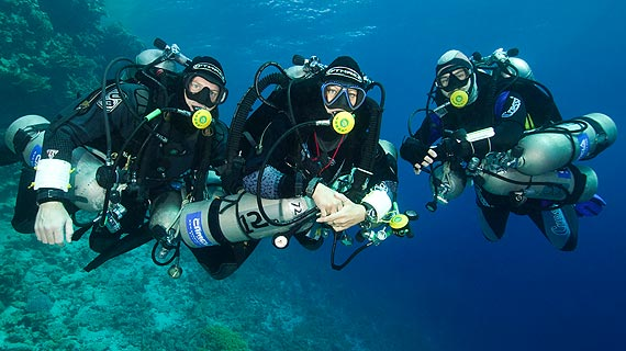 Technical diving, what it is and how to become a technical diver. 2