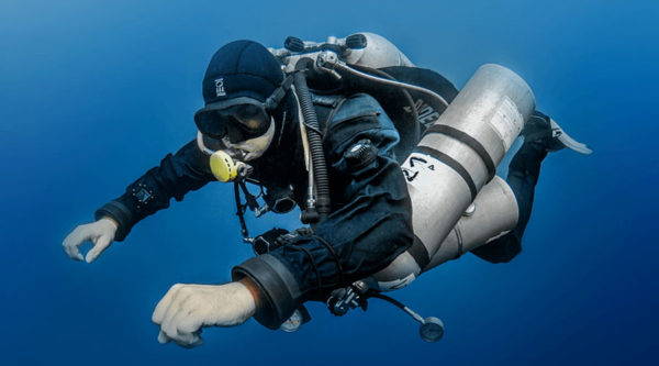 Technical-diving,-what-it-is-and-how-to-become-a-technical-diver.