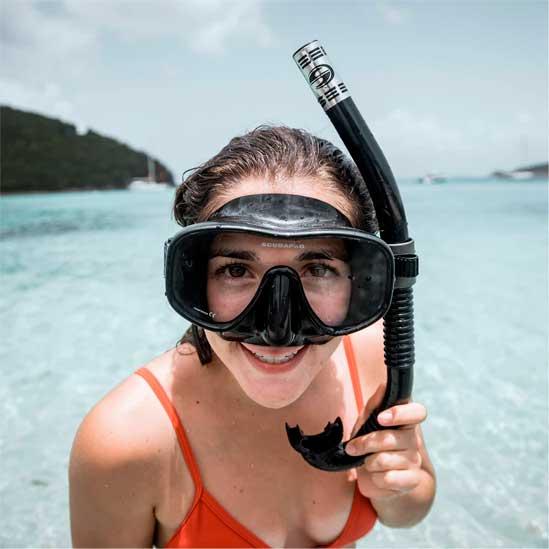 Equipo de snorkel en Costa Rica